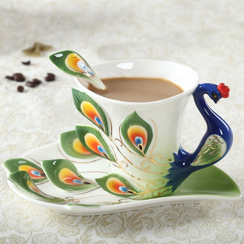 1 Pcs Peacock Coffee Cup Ceramic Creative Mugs Bone China 3D Color Enamel Porcelain Cup with Saucer and Spoon Coffee Tea Sets(China (Mainland))