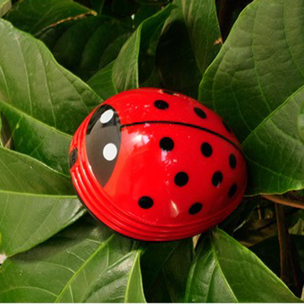 Cute New cartoon animal Electric Mini Ladybug Coffee Table Vacuum Cleaner Dust Collector free shipping(China (Mainland))