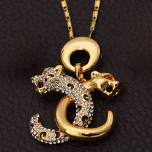 Double C Letters Pendant New Trendy 18K Real Gold Plated Rhinestone Cool Leopard Fashion Jewelry Pendant