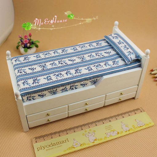 Single product dual bed 1:12 Mini dolls house furniture model front drawer bed and white(China (Mainland))