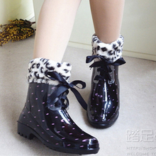 Free Shipping Floral Print Women Rain Boots Warm Snow Boots with Fur Bow Lace Up Women Water Shoes Rainboots Garden Boots(China (Mainland))