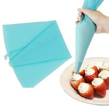 High Quality Silicone Reusable Cream Pastry Icing Bag Piping Bag Cake Decorating Tool(China (Mainland))