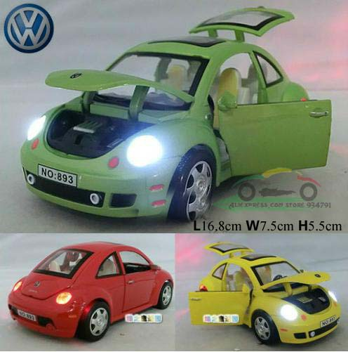 1:24 Volkswagen Beetle Sound and Light Version of The Four Door Kids Toys Car Classic Alloy Car Model Wholesale Free Shipping(China (Mainland))
