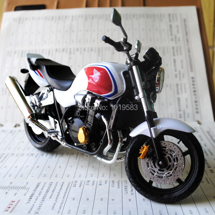 Free Shipping JOYTCY 1/12 Scale Motorcycle Model Toys HONDA CB1300SF Super Motor Diecast Metal Motrocycle Model Toy For Gift(China (Mainland))