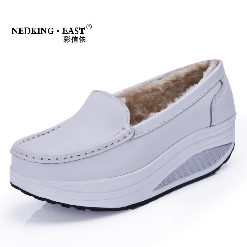 2016 autumn winter fur inside white color swing shoes