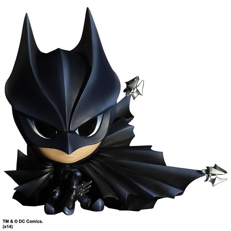 DC Comics Static Arts #01 Mini Batman PVC Figure with LED Light Collectible Toy 12cm(China (Mainland))