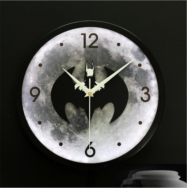 Batman night lighting LED lamp clock wall clock mute fashion(China (Mainland))