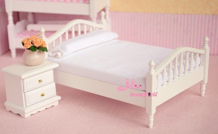 Free Shipping ! Wood Pure white Bedroom Bed Sidestand cabinet chest~ 1/12 Scale Dollhouse Miniature Furniture(China (Mainland))