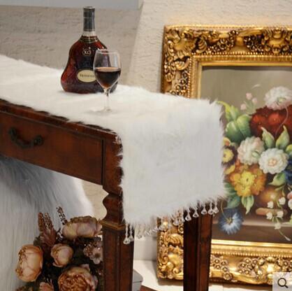 product New arrive white fur table runner caminho de mesa toalha de mesa christmas luxury bed runner