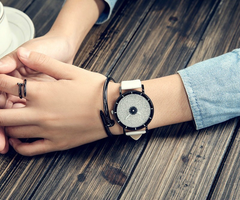 Классический Простой Звезда Женские Часы Мужчины Топ Известный Люксовый бренд кварцевые часы Кожа Студент часы Для Любит relogio feminino