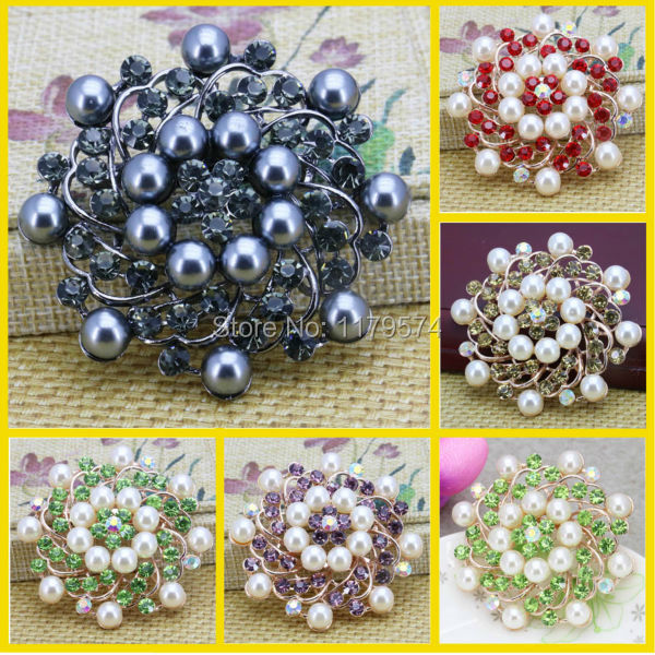 Hot Sale Rhinestone Flower Simulated-Pearl Brooch Jewelry Crystal Pearl Brooches For Women Clothing Decoration Mother's Day gift(China (Mainland))