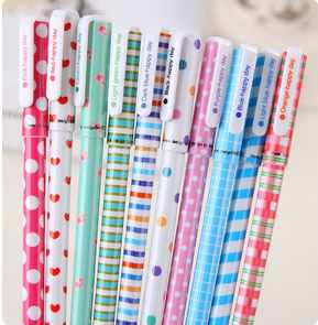 AR0-Free shipping 16cm candy colorful dot stripe school office use gel pen(1piece)(China (Mainland))