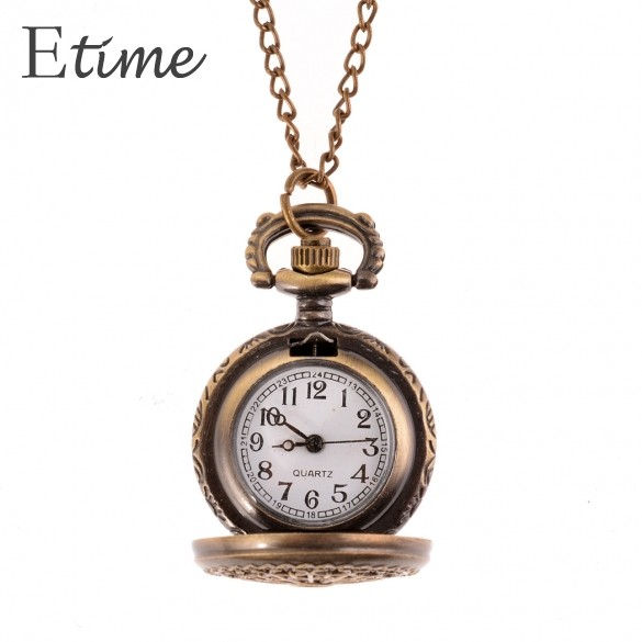 2015 Women Bronze Pocket Watch Web Spider Hollow Antique Clock Necklace Chain Quartz Pendant Watch Men Watches 58#(China (Mainland))
