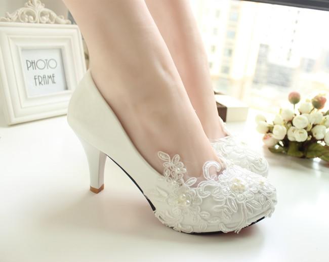 Handmade lace wedding shoes white bridal shoes bridesmaid shoes banquet dress shoes women pumps 8.5cm large size 41-42