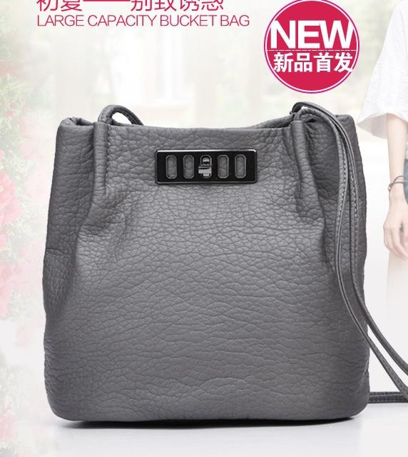 NEW ARRIVAL Small Bucket Handbags Fashion Simple Shoulder Handbags Fashion Embossed Leather Feel Comfortable(China (Mainland))