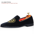 2017 New Design Men Party Wedding Handmade Loafer Shoes Men Velvet Noble Shoes with Dog Embroidery