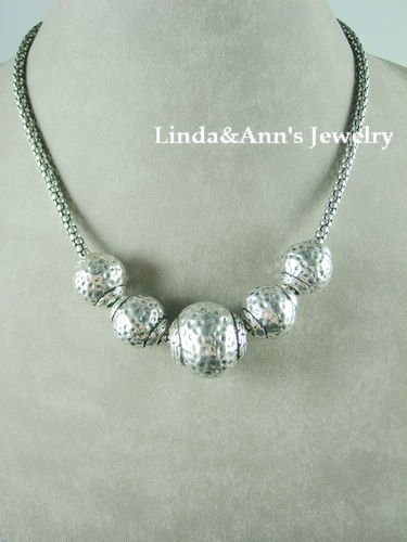 Chunk Western Antique Silver Tone Hammered Ball Short Costume Jewlery Necklace