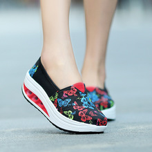 2016 Summer New pattern canvas shaky shoe woman slope Platform shoes. Ventilation Women's Shoes motion Walking shoes