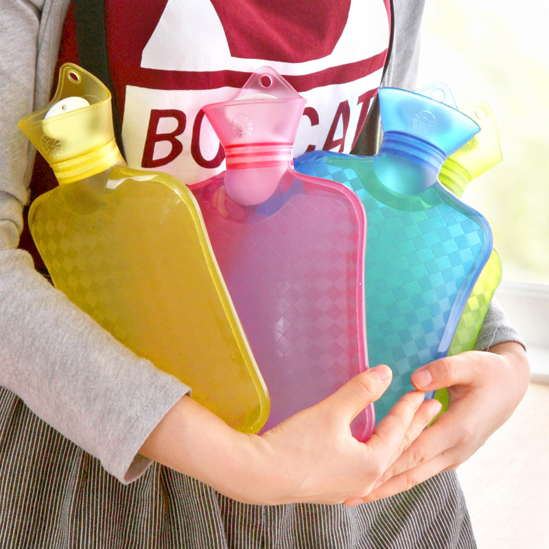Гаджет  Jelly color PVC water hot water bottle Hand Po, winter-proof electric hot water bottle transparent treasure K3665 None Бытовая техника