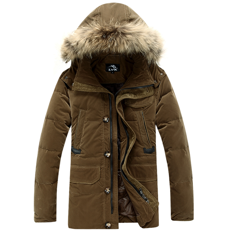 """Your winter challenge: Stay warm and look good. To help you achieve both, we reached out to clothing expert and head of men's design Abercrombie & Fitch, Aaron Levine. """"You don't need to."""