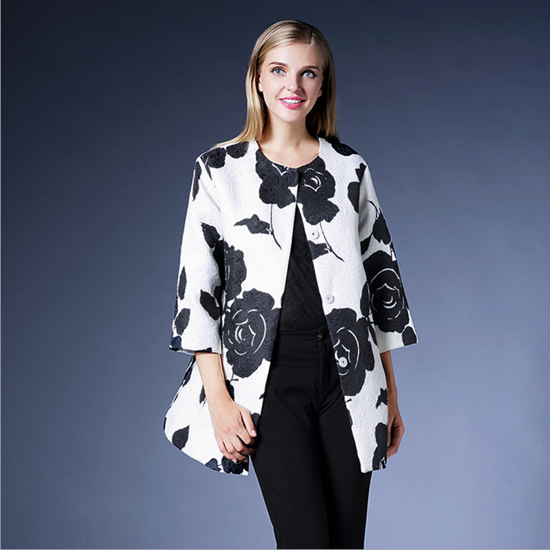 Luxury Coat 2015 Autumn - Winter New Fashion Brand Jacquard Three Quarter Sleeve Pocket Black Print Elegant White Trench CoatОдежда и ак�е��уары<br><br><br>Aliexpress