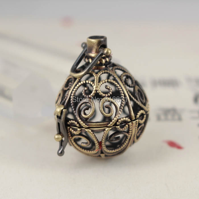 Antique Bronze Brushed Brass Round Wish Prayer Box Filigree Hollow Locket Cage Pendant Essential Oil Diffuser Findings Craft(China (Mainland))