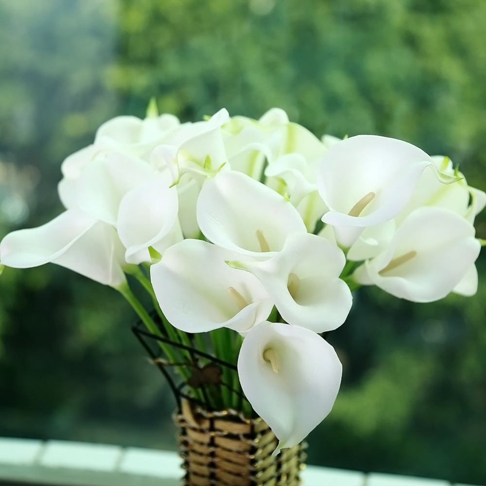 10pcs Mini Size PU Calla Lily Real Touch Flower Artificial Flowers for Wedding Decoration Party Flower for Gift/Home Decor 2016(China (Mainland))