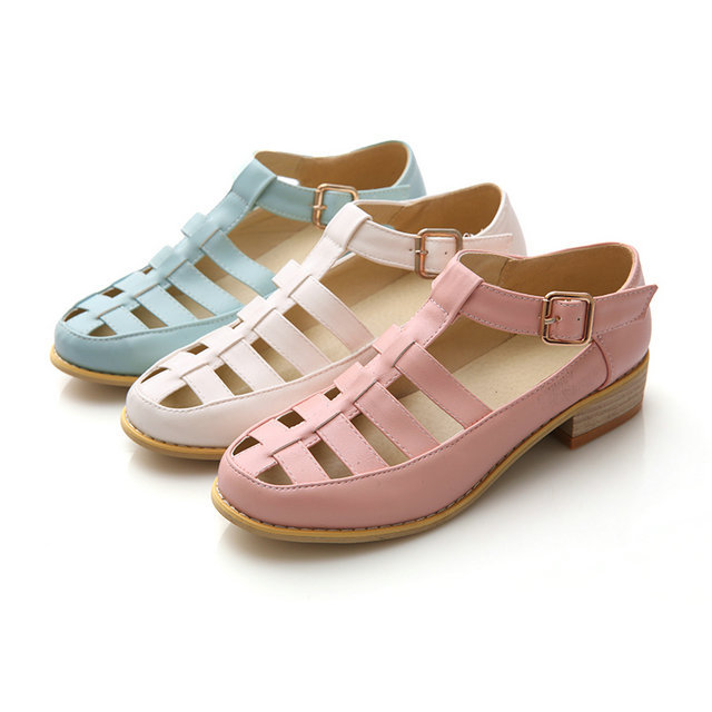 Women Summer Sandals Shoe New Female Fashion Hollow Out Nurses Working Cow Muscle Ladies low heel Shoes(China (Mainland))