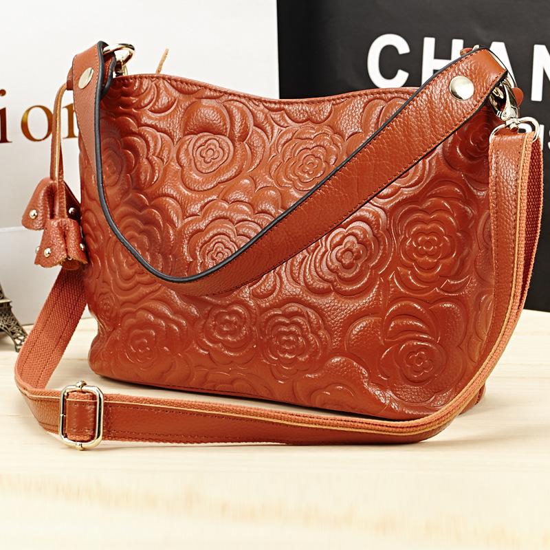 New Arrival Top layer leather designer handbags for women vintage messenger bags embossed flower shoulder bucket bags