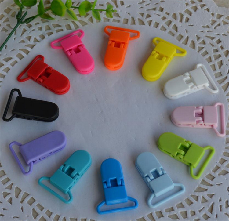 1000 pcs 25mm D Shape Kam Plastic Dummy Pacifier Chain Clip Alligator Clip <br><br>Aliexpress