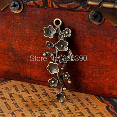 20pc/lot Chinese Ethnic Wintersweet Charms Pendants Vintage Bronze Zinc Alloy Flower Pendant Charm DIY Jewelry Findings Y1080(China (Mainland))