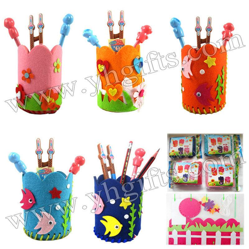 15PCS/LOT.DIY felt pen holder craft kits,Activity items,Model building kits.Creative hobby,Model building kits.12x10.5cm(China (Mainland))