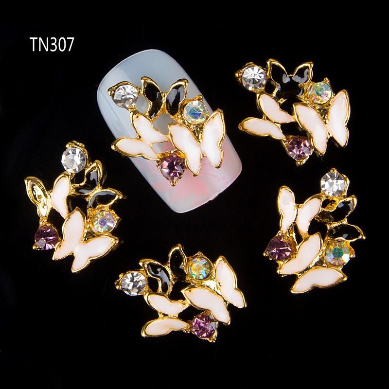 2015 New 10Pcs Black White 3D Butterfly Nail Tools Rhinestone For Nails Alloy Decorations Nail Art Glitters DIY TN307<br><br>Aliexpress