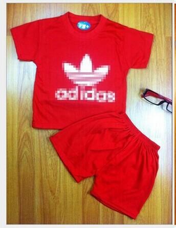 2015 новорожденного моды коротким рукавом Футболка и шорты костюм мальчиков и девочек спортивные наборы детей 2-5 лет