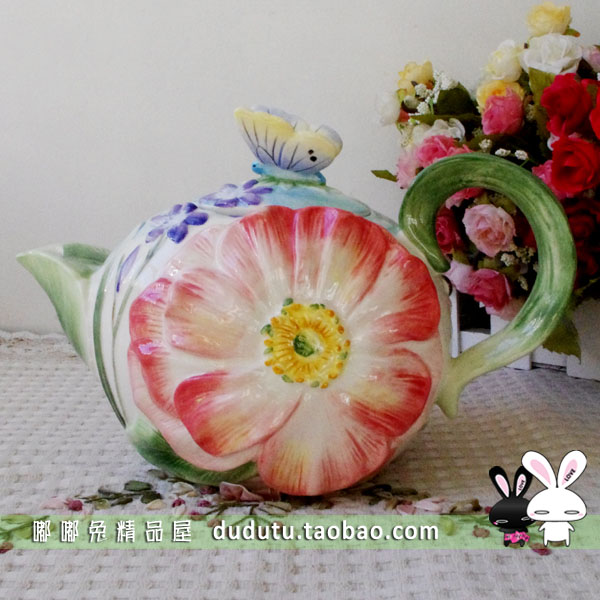 Free shipping, Ff butterfly fashion flower hand painting ceramic teapot at <font><b>home</b></font> <font><b>decoration</b></font> married new year gift