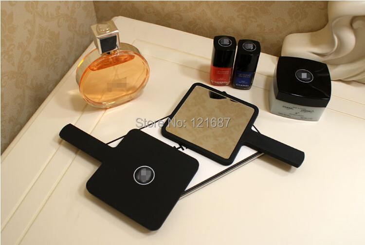 High-quality makeup beauty mirror / 2015 new fashion mini mirror / tri-color handle mirror put bags(China (Mainland))
