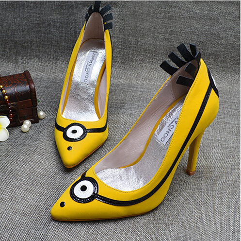 New Hot Chick Minions Bello Yellow Collection High Heels Women Pumps Printing Leather Pointed Toe Slip on Cartoon Shoes Woman