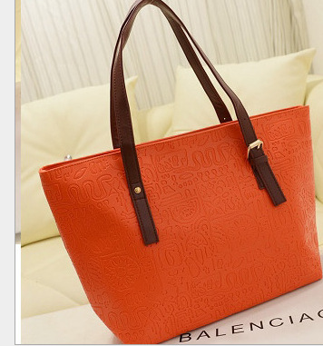 Free shipping high quality women messenger bags fashion brand simple PU leather ladies dress handbags modest LUXURY(China (Mainland))