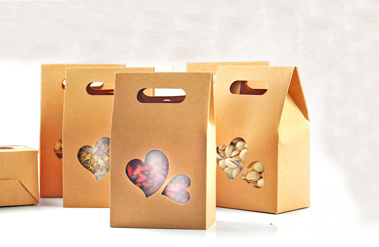 10*15.5*6cm 10pcs stand up Heart-shaped window kraft paper bags boxes recyclable wedding Gift Jewelry Food Package Paper Box(China (Mainland))