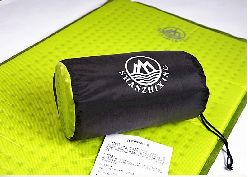 Double-sided aluminum outdoor moisture-proof pads, foreshadowing, tent mats, picnic mats 200*200 double thickening double sided wear knitting hat black