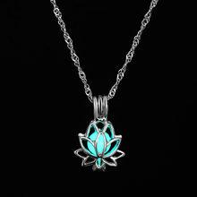 Famshin 2019 nova lua quente colar de incandescência, gem charme jóias, banhado a prata, feminino halloween oco pedra luminosa colar presentes(China)
