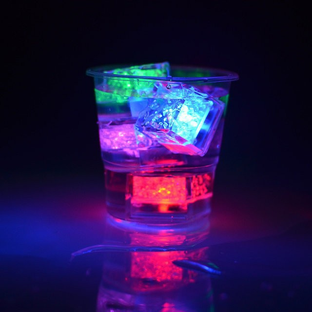 120 units / batch switch party supplies Control 7 colors of bright LED light ice cubes party Eve luminous ices(China (Mainland))