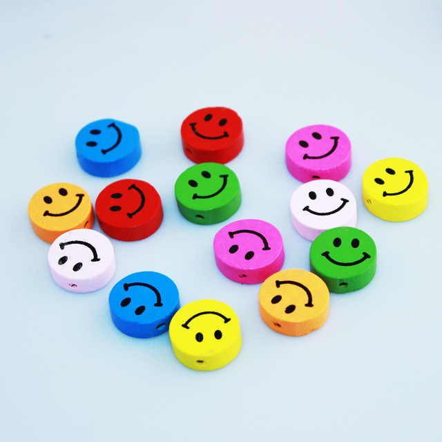 16*16mm Assorted Colors Cute Smiles Wood Spacer Beads Fashion Jewelry diy Findings For Girls Children Handmade Exercise<br><br>Aliexpress