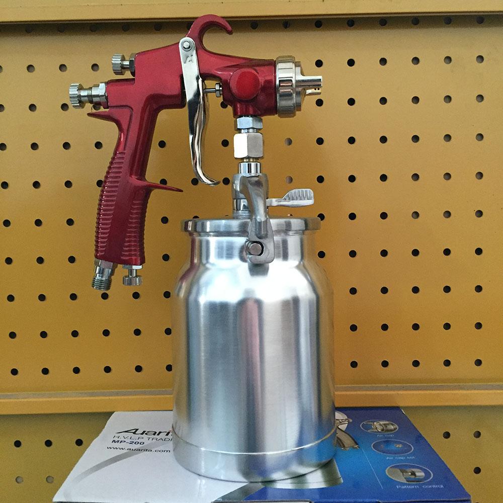 paint gun with 1000cc cup pressure furniture spray gun in spray gun. Black Bedroom Furniture Sets. Home Design Ideas