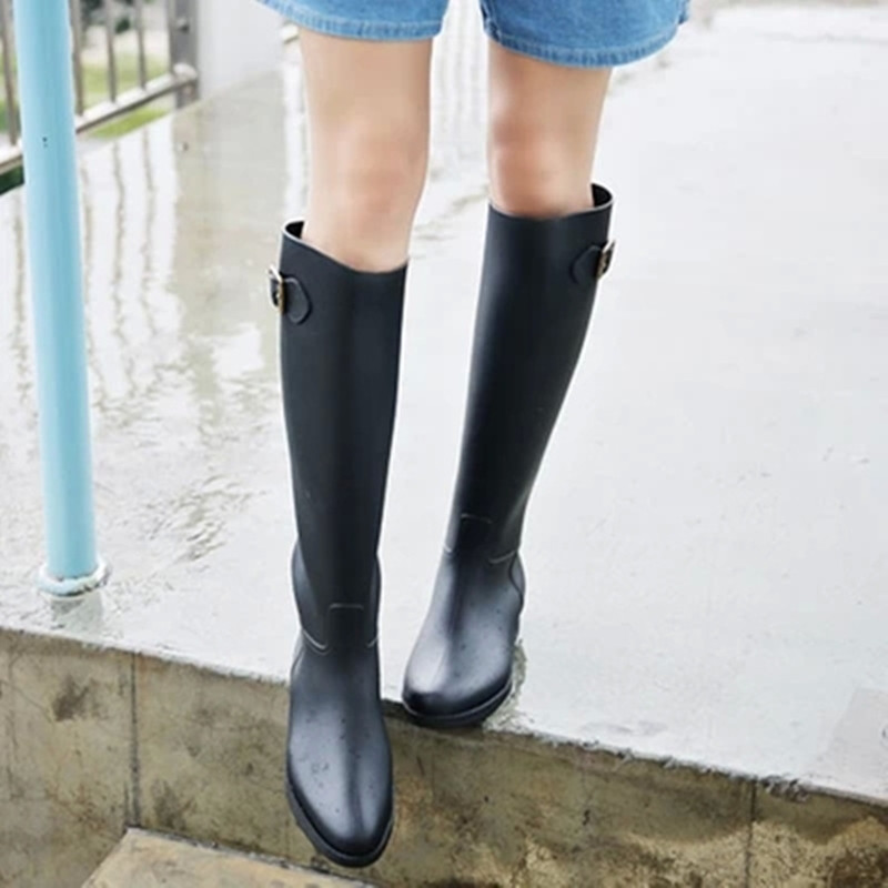 Wholesale 2016 Top Fashion Women Rubber Rainboots Tall Knee High Waterproof Riding Rubber Boots