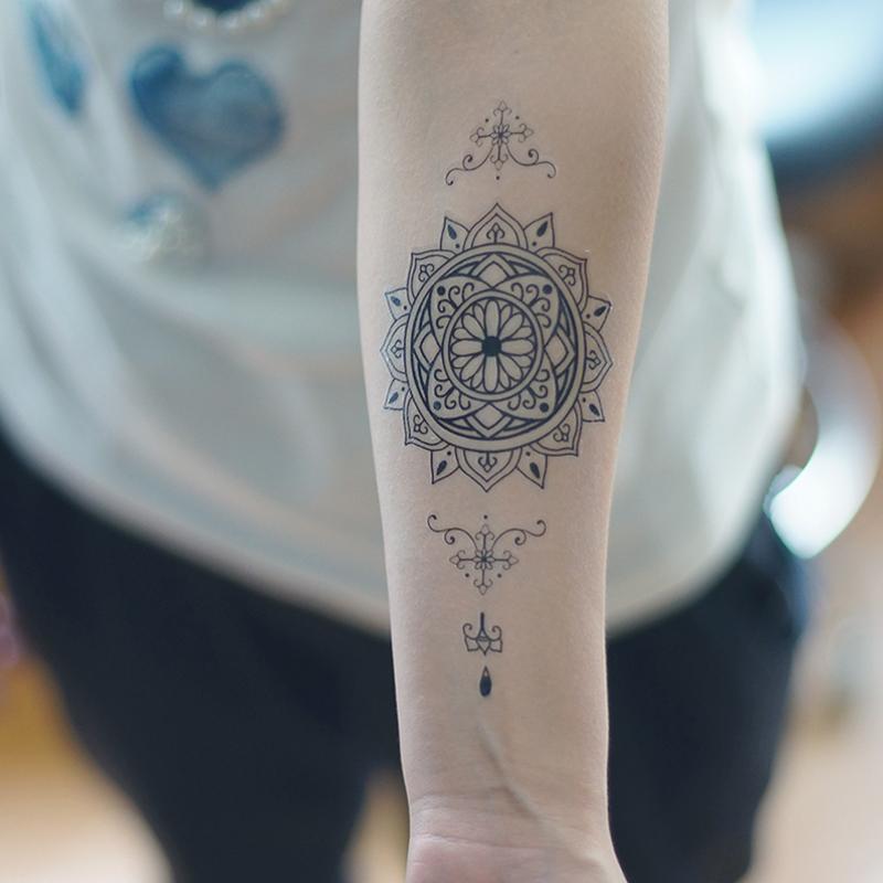 online kaufen gro handel sanskrit tattoos aus china sanskrit tattoos gro h ndler. Black Bedroom Furniture Sets. Home Design Ideas