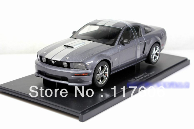 Free Shipping 1:18 Ford Mustang GT Metal Gray limited edition of 3000 alloy coupe model Car toys Model car Toy model
