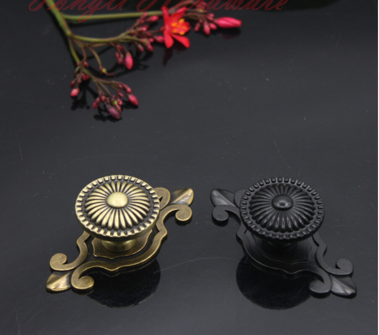 10 pcs/lot antique copper vintage door knob/pull , for cabinet, locker, kitchen and drawer, free shipping(China (Mainland))