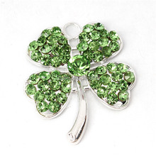 Clearance Sale St.Patrick's Day Lucky Four Leaf Rhinestone Pendant For Kids DIY Bubblegum Necklace(China (Mainland))