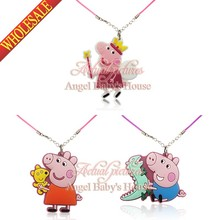 Cute pig 3pcs/set Chains Pendant Necklaces Rope Chain Chokers Necklace Action Character Travel Accessories Kids Party Gifts(China (Mainland))